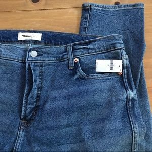 Gap size 34 slim straight medium wash/cone NWT